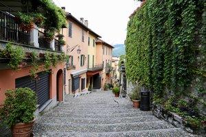 Living La Dolce Vita - An Italian Roadtrip Vlog