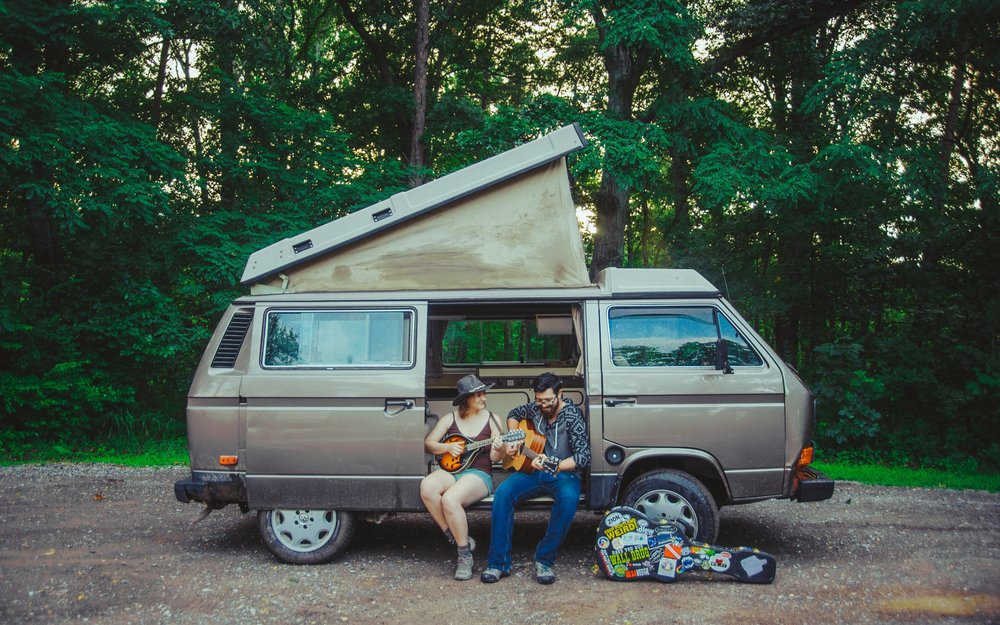 Why I Want To Sell All My Stuff and Live In A 31 Year Old Van