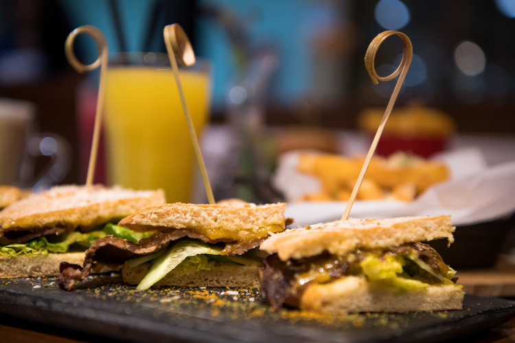 Food In Dubai - 5 Unique Must Try Places